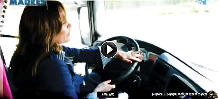 Vídeo de Historia de una Mujer Camionera y Madre – Gran Ejemplo de Superación