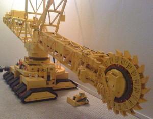 Excavadoras Gigantes hechas de bloques de LEGO