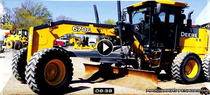 Vídeo de Motoniveladora 670G John Deere M220042 – Vista del Exterior e Interior